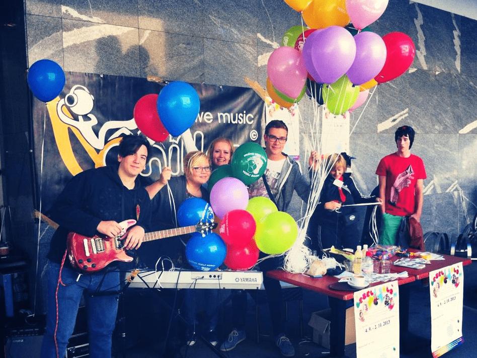 Vokalna skupina Chilaks in Veseli balon v Velenju